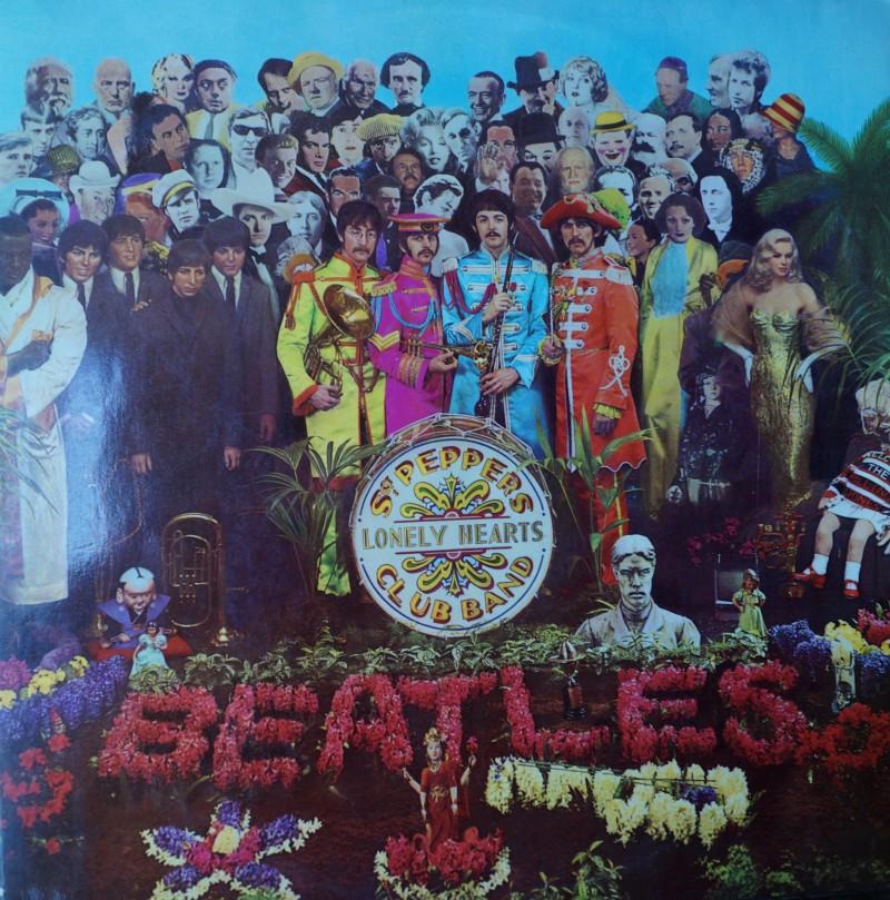The Beatles: Sgt Pepper Lonely Hearts Club Band - Albúm LP Vinilo 33 rpm